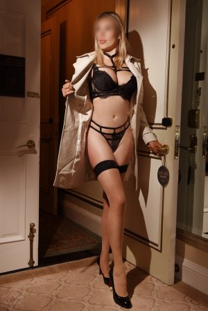Lucie-anne live escorts