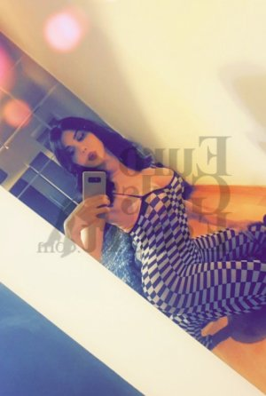 Alize escort in Galveston and erotic massage
